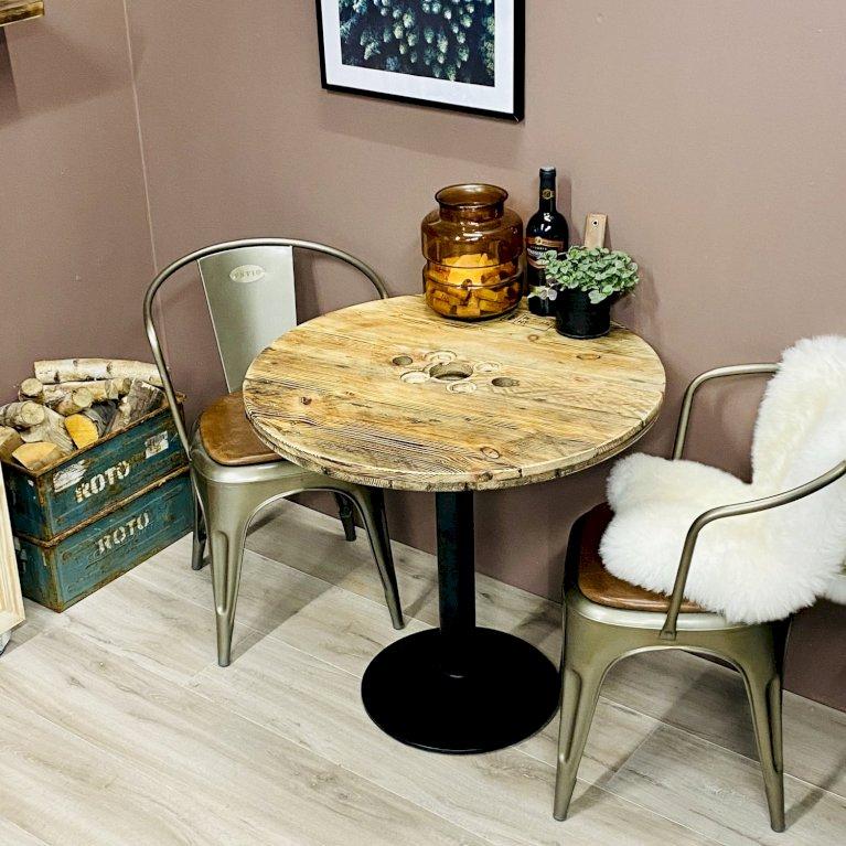 Cafébord på centerfod